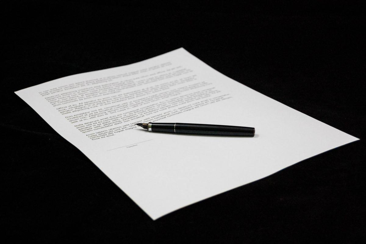 Sociaal akkoord met historisch kleine meerderheid goedgekeurd